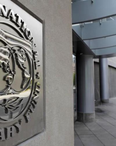 Το ΔΝΤ επιβαρύνει το άδικο χρέος με τοκογλυφικά επιτόκια